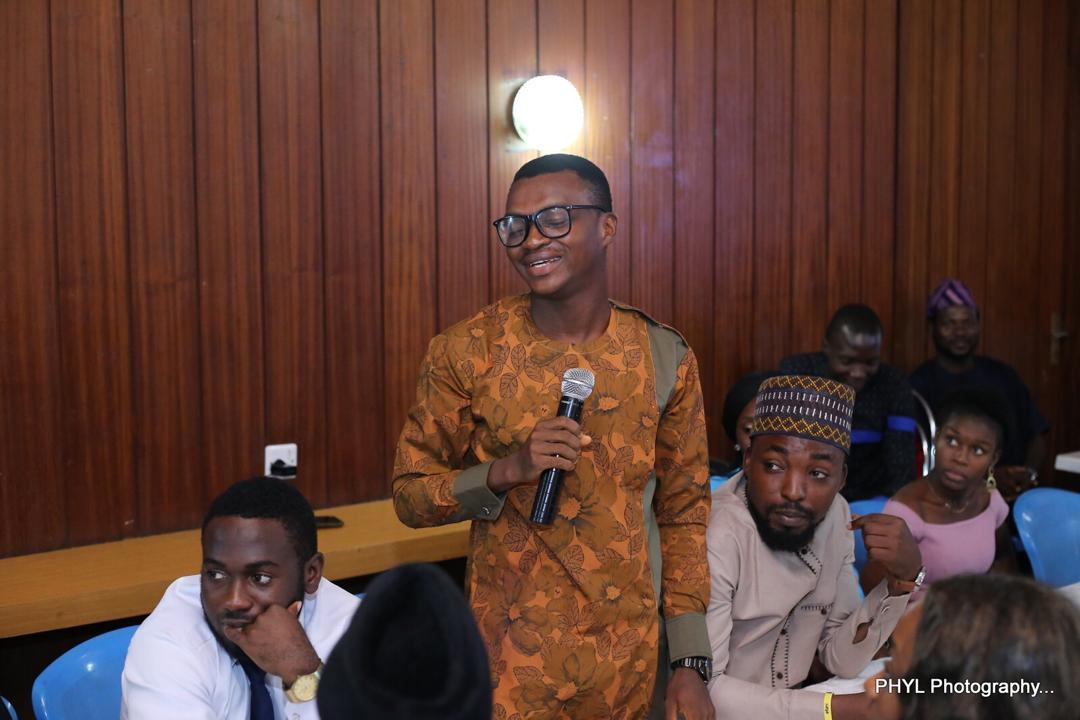 Meet The Multi-Talented Biology Teacher Who Is Using Yoruba Language To Teach Biology On Air